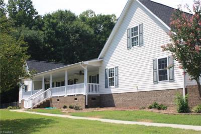 Lexington Single Family Home For Sale: 330&308 Gibson Pond Way
