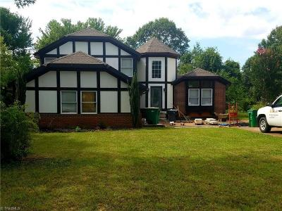 Clemmons Single Family Home For Sale: 7035 Idols Road