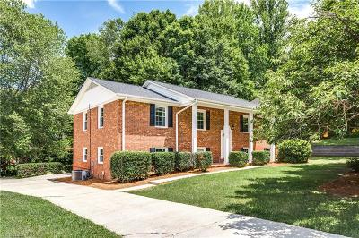 Guilford County Single Family Home For Sale: 1700 Clarendon Drive