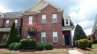 Kernersville Condo/Townhouse For Sale: 351 Carlisle Park Drive