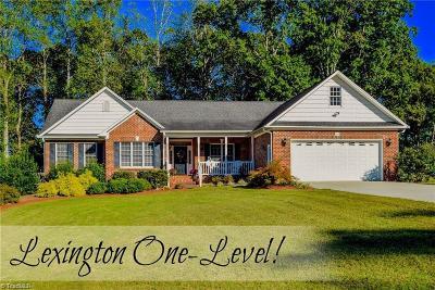 Lexington Single Family Home For Sale: 605 Grove Park Lane