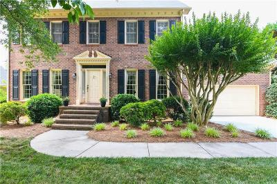 Greensboro Single Family Home For Sale: 15 Brookglen Lane