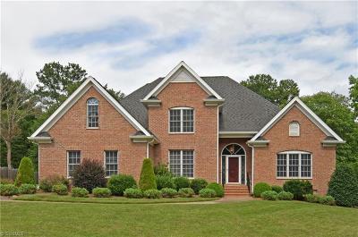 Winston Salem Single Family Home For Sale: 455 Burkes Crossing Drive