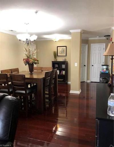 Kernersville Condo/Townhouse For Sale: 7205 Lambeth Farm Lane