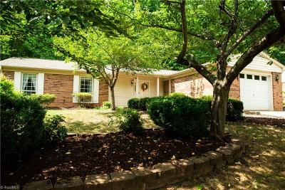 Greensboro Single Family Home For Sale: 1812 Kello Drive