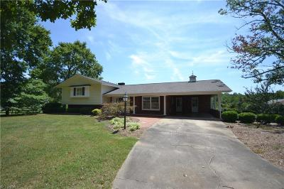 Asheboro Single Family Home For Sale: 903 Cable Creek Road