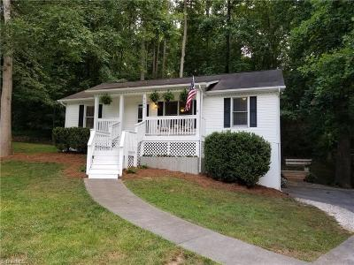 Winston Salem Single Family Home For Sale: 2192 Dave Street