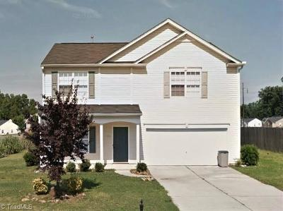 Alamance County Single Family Home For Sale: 1501 Birkdale Circle