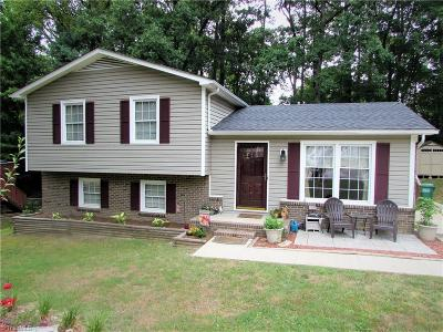 Jamestown Single Family Home For Sale: 907 Pineburr Road