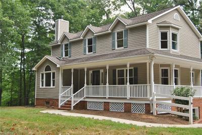 Advance Single Family Home For Sale: 251 Lydia Lane