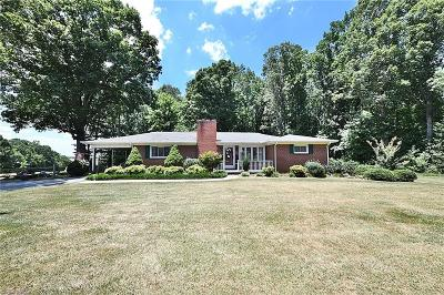 East Bend Single Family Home For Sale: 2605 Nebo Road