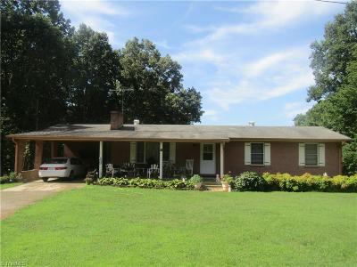 East Bend Single Family Home For Sale: 5137 Forbush Road