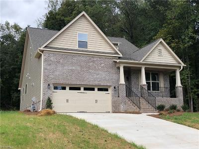 Kernersville Single Family Home For Sale: 339 Celo Knob Trail