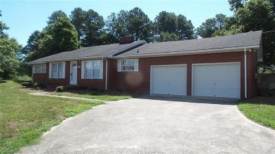 Clemmons Single Family Home For Sale: 8082 N Nc Highway 150