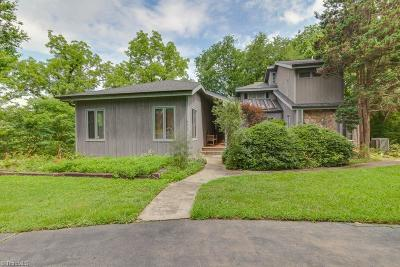Lewisville Single Family Home For Sale: 9611 Shallowford Road