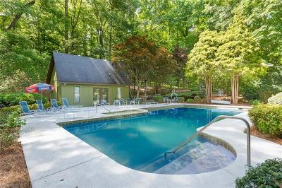 Oak Ridge Single Family Home For Sale: 8109 Hunting Cog Road