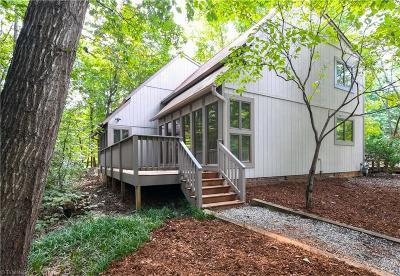 Guilford County Single Family Home For Sale: 2500 Riverbend Road