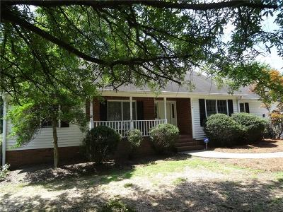 Kernersville Single Family Home For Sale: 1756 Round Hill Circle