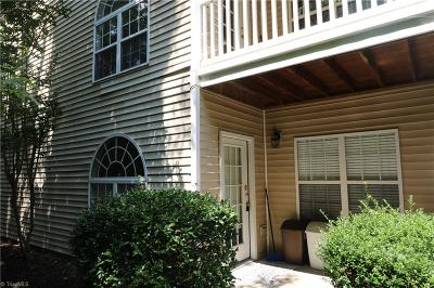 Winston Salem Condo/Townhouse For Sale: 513 Ivy Glen Drive
