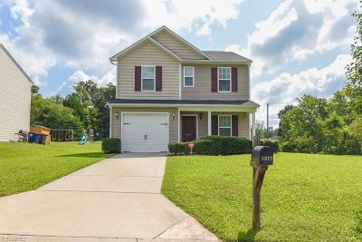 Guilford County, Forsyth County, Davidson County, Randolph County, Surry County, Yadkin County, Davie County, Stokes County, Rockingham County, Caswell County, Alamance County Single Family Home For Sale: 5617 Harrington Village Drive