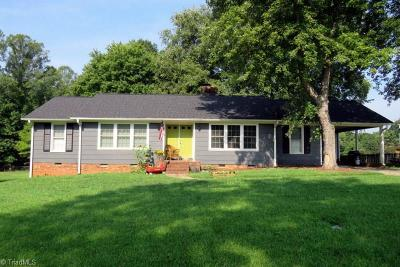 Winston Salem Single Family Home For Sale: 2146 Storm Canyon Road
