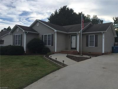 Surry County, Yadkin County, Davie County, Stokes County, Forsyth County, Davidson County, Rockingham County, Guilford County, Randolph County, Caswell County, Alamance County Single Family Home For Sale: 126 Summit Drive
