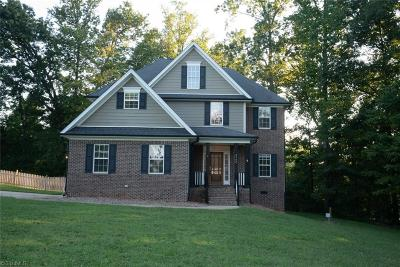 Browns Summit Single Family Home For Sale: 2900 Walbrook Terrace