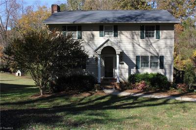 Pfafftown Single Family Home For Sale: 5049 Yadkinville Road