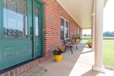 Mocksville Single Family Home For Sale: 604 John Crotts Road