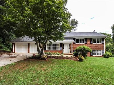 Greensboro Single Family Home For Sale: 2706 Northampton Drive