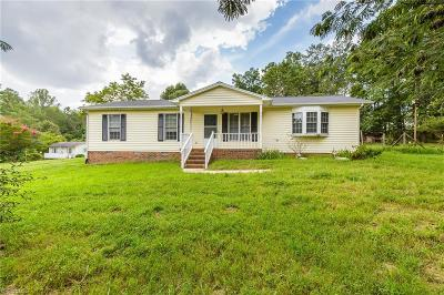 Alamance County Single Family Home For Sale: 3951 Clapp Mill Road