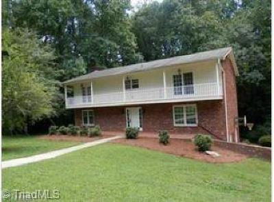 Winston Salem, Clemmons, Lewisville Single Family Home For Sale: 1171 Barclay Terrace
