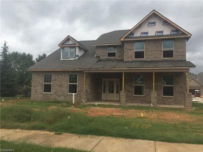 Kernersville Single Family Home For Sale: 1073 Old Stone Lane