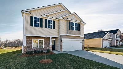 Kernersville Single Family Home For Sale: 1748 Waverley Oak Drive #58