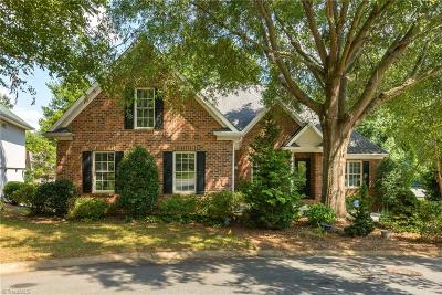 Winston Salem Single Family Home For Sale: 1209 Forest Ridge Court