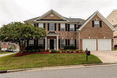Clemmons Single Family Home For Sale: 1655 Lakefield Drive