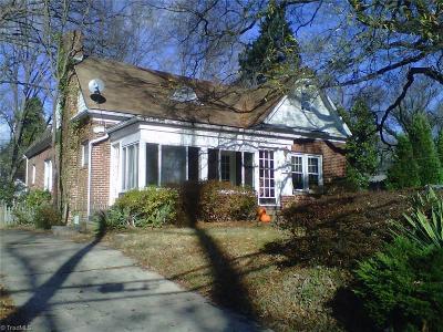 Lindley Park Single Family Home For Sale: 2614 Walker Avenue