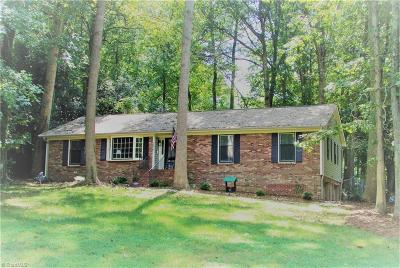 Clemmons Single Family Home For Sale: 130 Pine Hill Drive