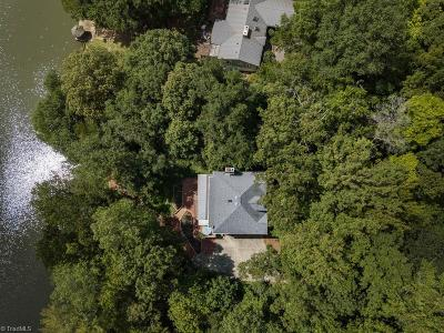 Clemmons Single Family Home For Sale: 3546 N Lakeshore Drive