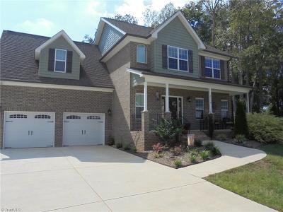 Kernersville Single Family Home For Sale: 6120 Heathbrook Lane