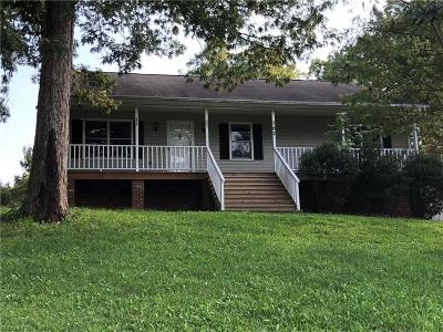 Guilford County, Forsyth County, Davidson County, Randolph County, Surry County, Yadkin County, Davie County, Stokes County, Rockingham County, Caswell County, Alamance County Single Family Home For Sale: 702 Diana Drive