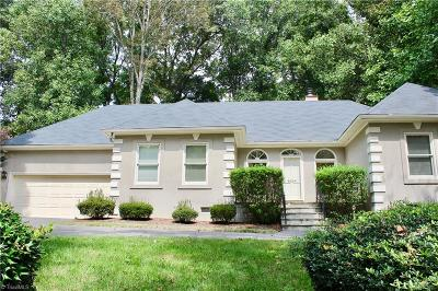 Winston Salem Single Family Home For Sale: 5024 Meadow Hill Court