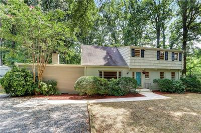 Greensboro Single Family Home For Sale: 200 Dolley Madison Road