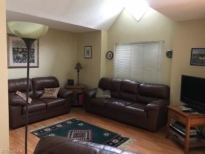 Clemmons Condo/Townhouse For Sale: 3810 Old Rosebud Court #M