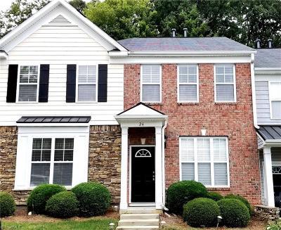 Greensboro Condo/Townhouse For Sale: 26 Ledgerstone Lane