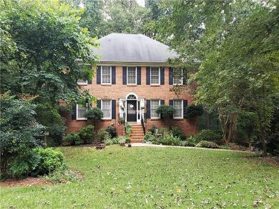 Clemmons Single Family Home Short Sale Contingent: 611 Barrocliff Road