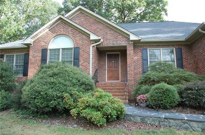 Alamance County Single Family Home For Sale: 2517 Millbrook Drive