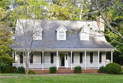 Mocksville Single Family Home For Sale: 290 Lakeview Road