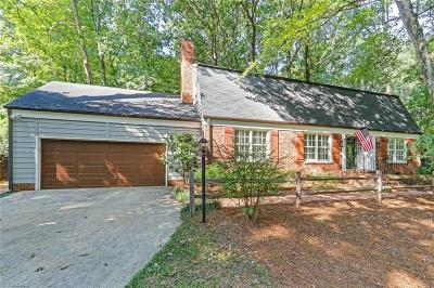 Greensboro Single Family Home For Sale: 1107 Westminster Drive