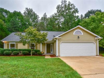 Greensboro Single Family Home For Sale: 6703 Brenock Court